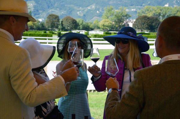 wine & horses anteprima Merano Wine Festival Vinotube